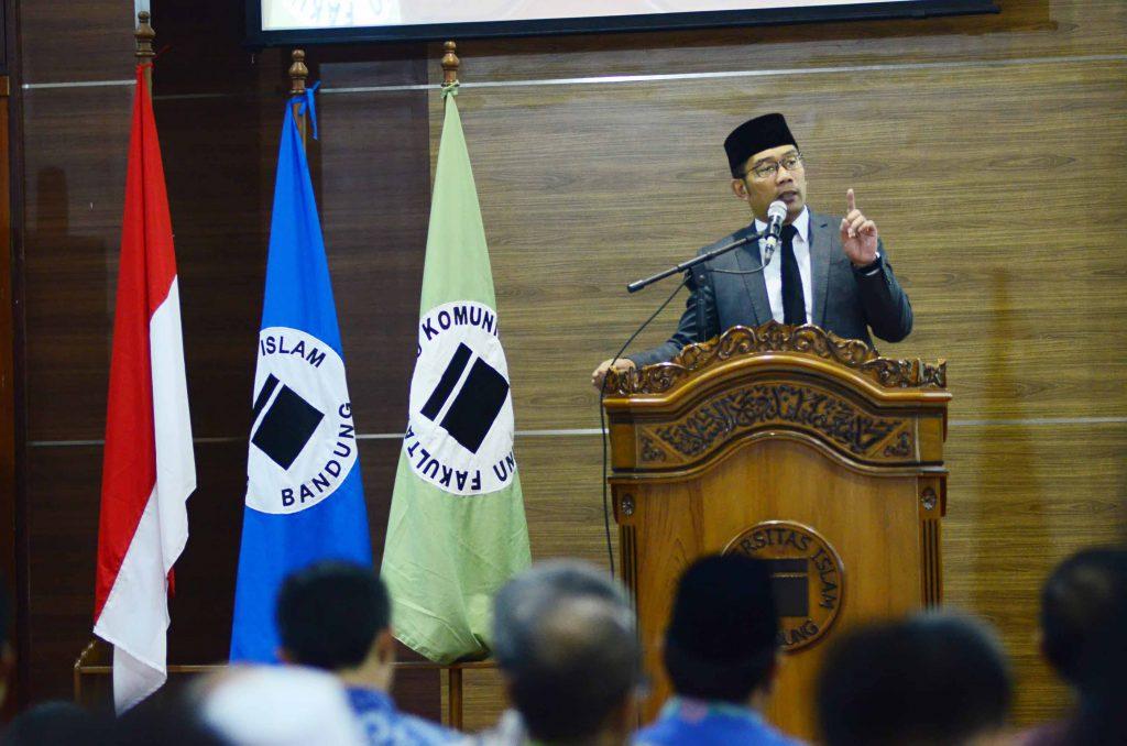 Walikota Bandung Bapak Ridwan Kamil